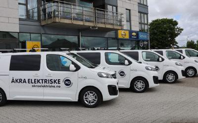 Åkra Elektriske elektrifiserer bilparken